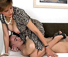 Lady Sonia - milf video