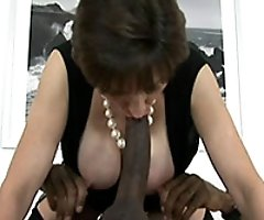 Lady Sonia - milf video review